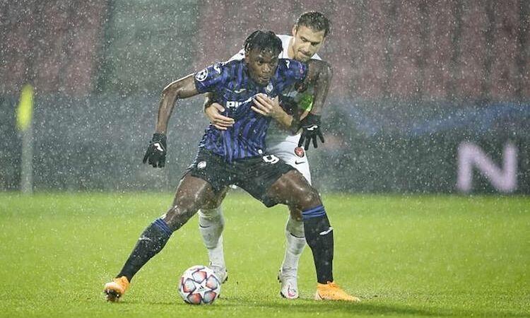 Atalanta thắng đậm Midtjylland ở lượt trận đầu và đang đứng nhất bảng nhờ hiệu số bàn thắng bại vượt trội. Ảnh: Reuters.