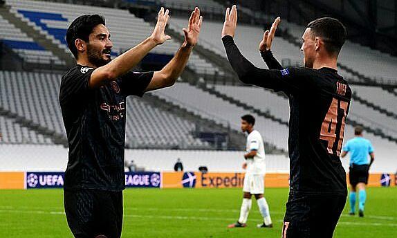 Man City nối dài chuỗi bất bại ở vòng bảng Champions League lên 13 trận. Ảnh: PA