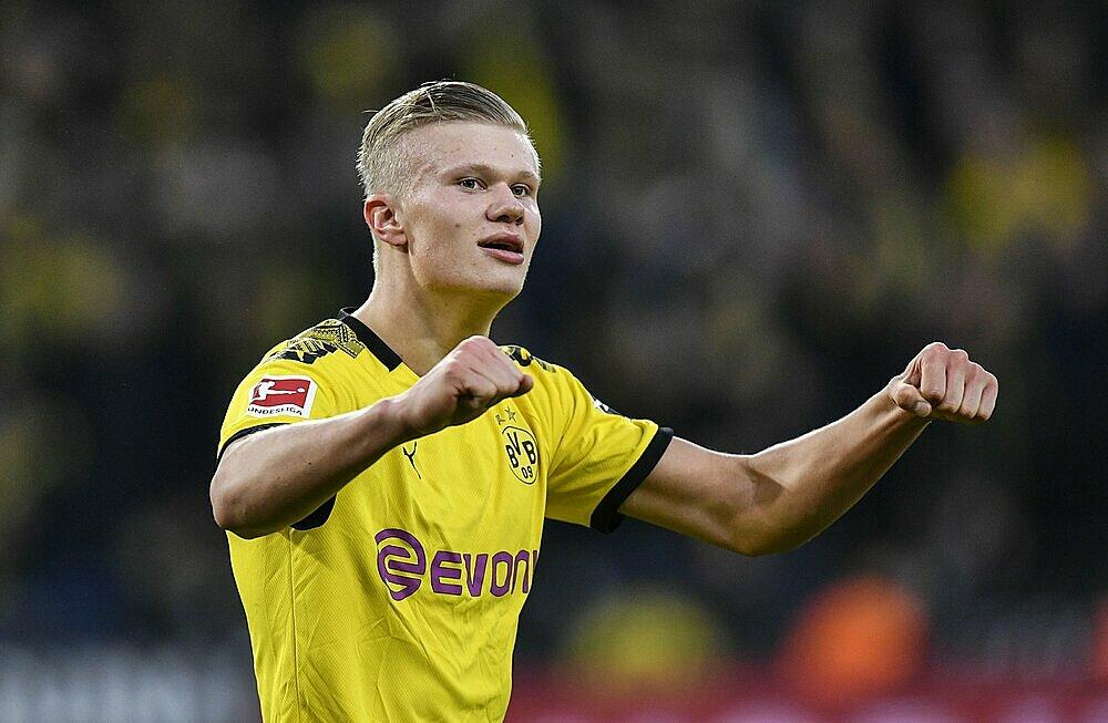 Dortmund có thể lãi gấp bốn lần nếu bán Haaland trước năm 2024. Ảnh: AP.