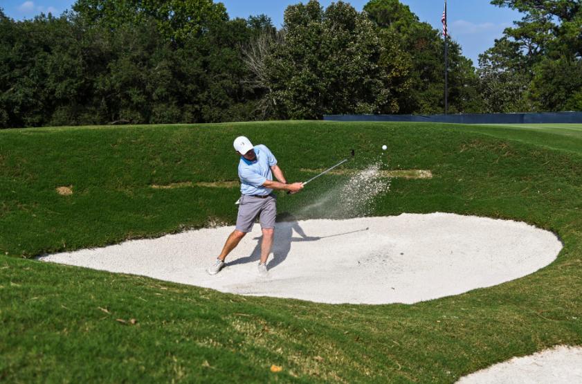 Khu cỏ rough và bẫy cát trên sân Memorial  được thiết kế lại trong lần cải tạo gần nhất để đáp ứng tiêu chuẩn thi đấu của PGA Tour. Ảnh: PGA Tour