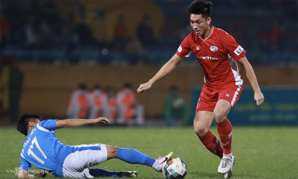 การเอาชนะ Quang Ninh ในวันที่ 3 พฤศจิกายน Viettel กำลังเปิดประตูมากที่สุดในการแข่งขันชิงแชมป์  ภาพ: ลำท่อ
