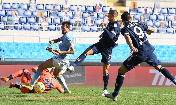 Bàn thắng của Ronaldo không thể mang về chiến thắng cho Juventus. Ảnh: Reuters.