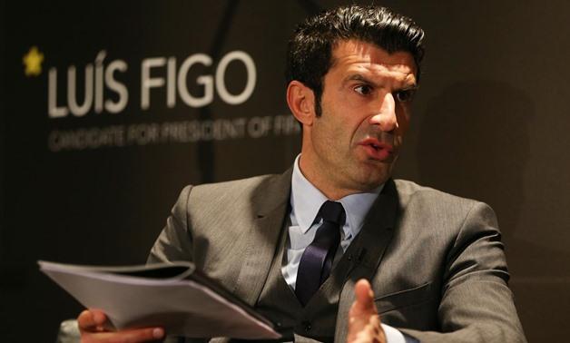 Figo từng cùng Barca giành hai chức vô địch La Liga năm 1998 và 1999, trước khi đầu quân cho Real năm 2000. Ảnh: Marca.