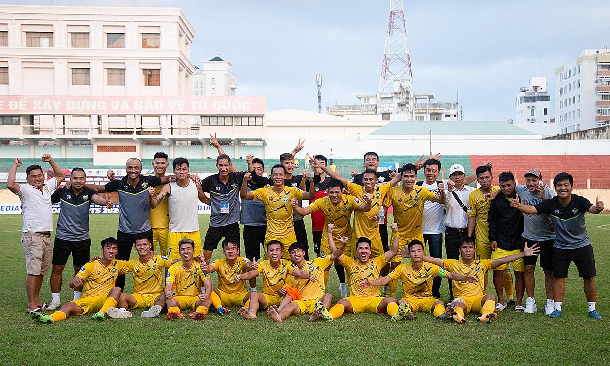 สโมสร Gia Dinh ได้รับการเลื่อนชั้นเป็นครั้งแรกถึงฤดูกาล 2021 รูปภาพ: Gia Dinh FC