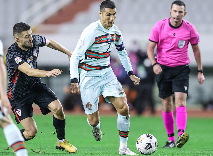 Ronaldo im tiếng trong khi Kovacic ghi hai bàn nhưng không thể giúp đội nhà tránh khỏi thất bại. Ảnh: AP.