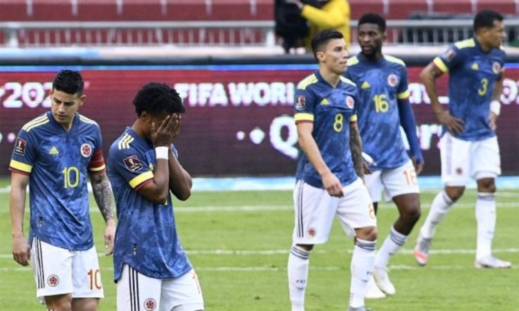 Thất bại nặng nề trên sân Ecuador châm ngòi cho sự chia rẽ trong đội hình Colombia. Ảnh: AFP.
