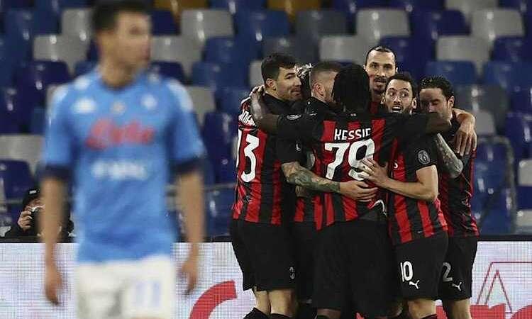 Ibrahimovic dẫn đầu cuộc đua vua phá lưới Serie A với 10 bàn thắng. Ảnh: AP.
