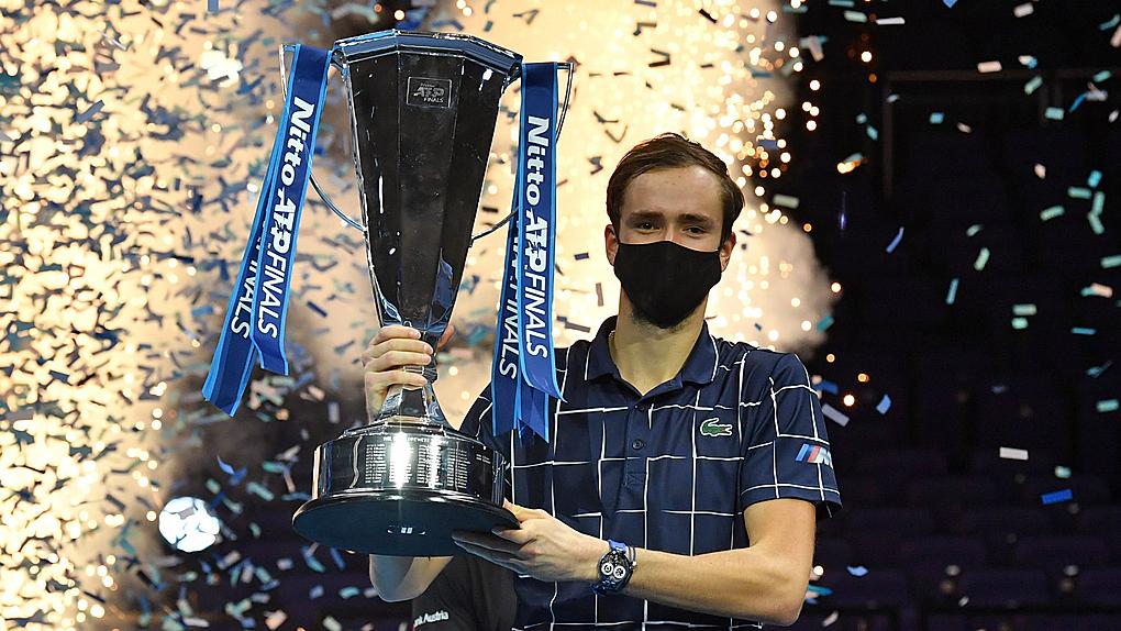 Medvedev vô địch với thành tích toàn thắng ngay trong năm thứ hai dự ATP Finals. Ảnh: ATP.