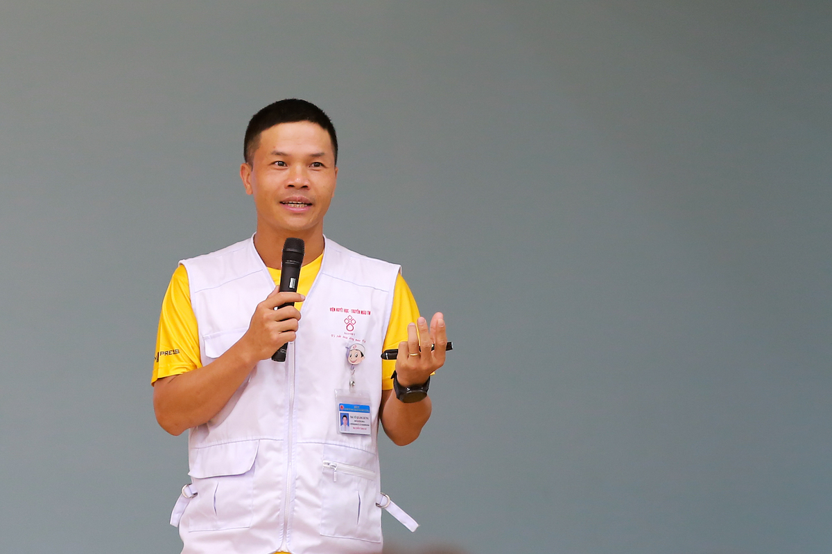 Doctor Vu Quang Hung, medical team leader of VM Hanoi Midnight.