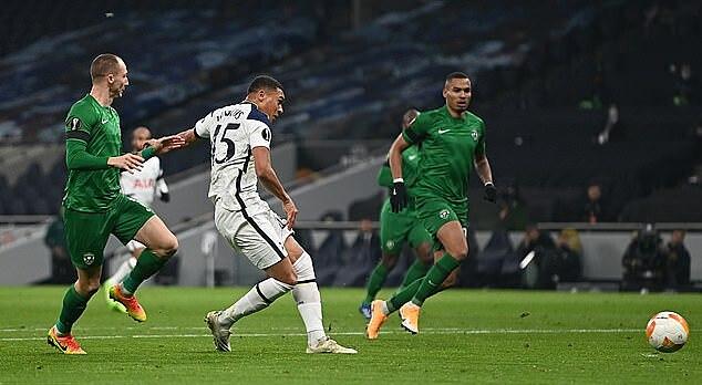 Bàn mở tỷ số vào lưới Ludogorets là pha lập công đầu tiên của Vinicius cho Tottenham. Ảnh: Reuters.
