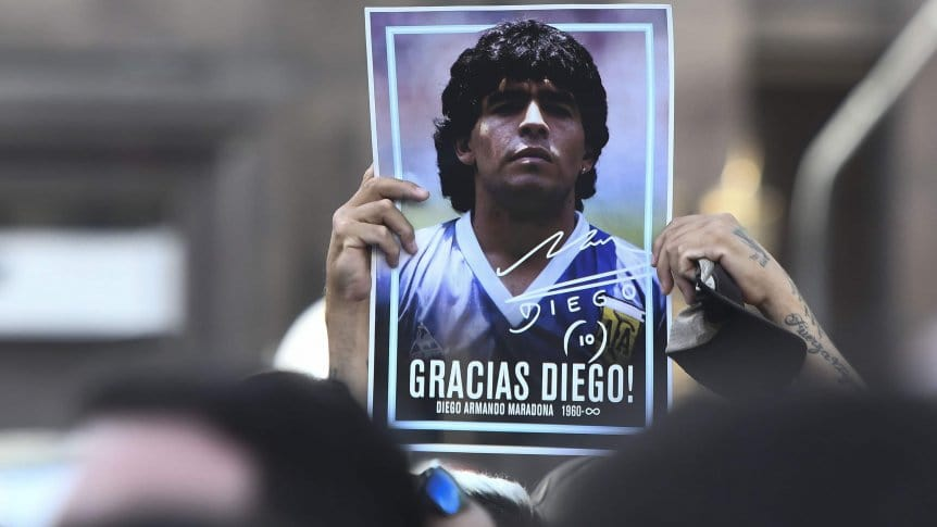 Maradona là cái tên bất tử đối với người dân Argentina. Ảnh: TycSports.