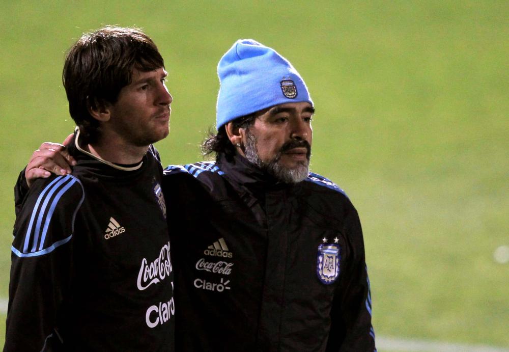 Maradona เป็นโค้ชของ Messi และ Argentina ในปี 2008-2010  ภาพ: Reuters
