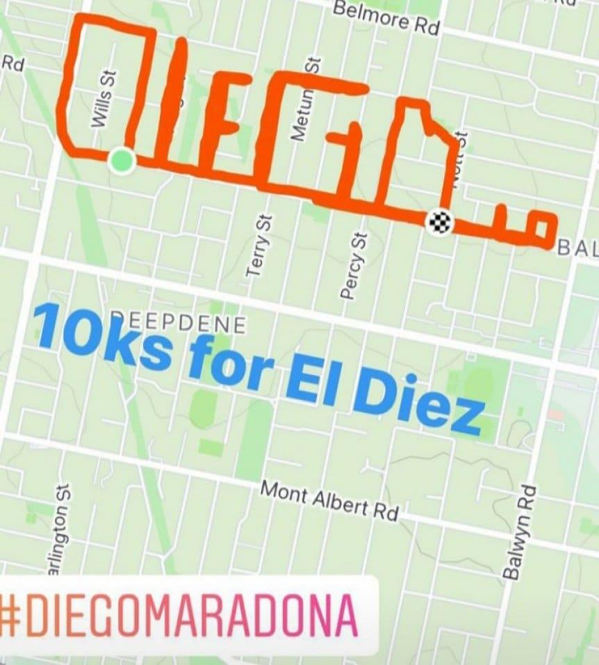 เบนิเตซแชร์แทร็กล็อกระยะทาง 10 กม. บน Strava บนโซเชียลเน็ตเวิร์กด้วยคำว่า Run 10km for God พร้อมแฮชแท็ก #DiegoMaradona