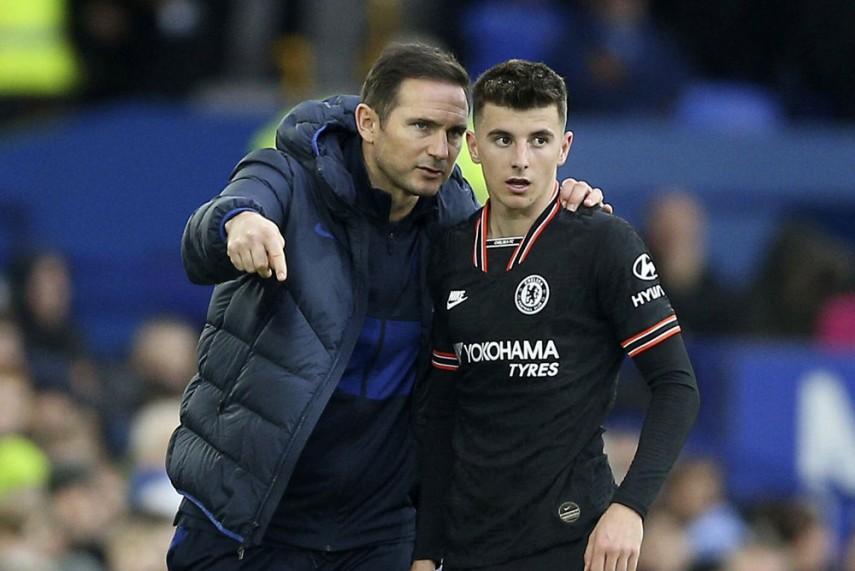 Lampard đi theo lối quản trị linh hoạt: đề cao tính kỷ luật của Mourinho, nhưng cũng mềm mỏng hơn trong ứng xử với cầu thủ kiểu Ancelotti. Ảnh: Reuters.