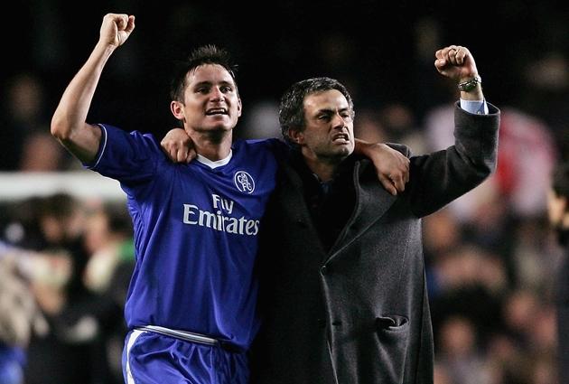 Cùng nhau, Lampard và Mourinho đã làm nên những thành công cho bản thân khi cùng cộng tác ở Chelsea dưới vai trò trò - thầy. Ảnh: AFP.