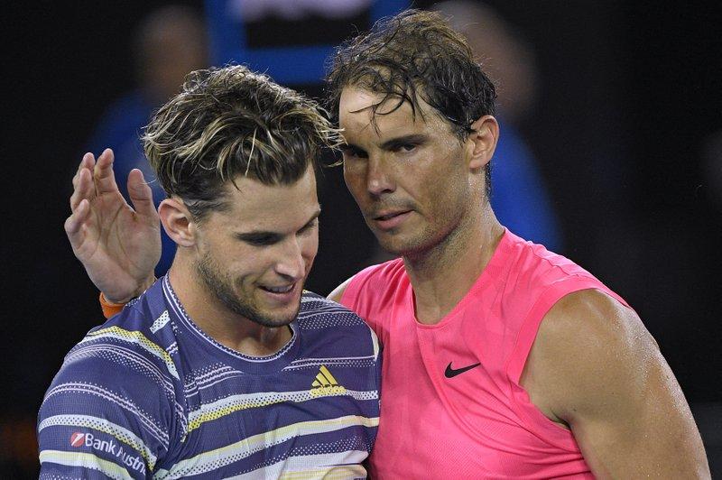 Thiem vượt Nadal về số tiền thưởng và cũng áp sát đàn anh trên bảng thứ bậc ATP. Ảnh: AP.