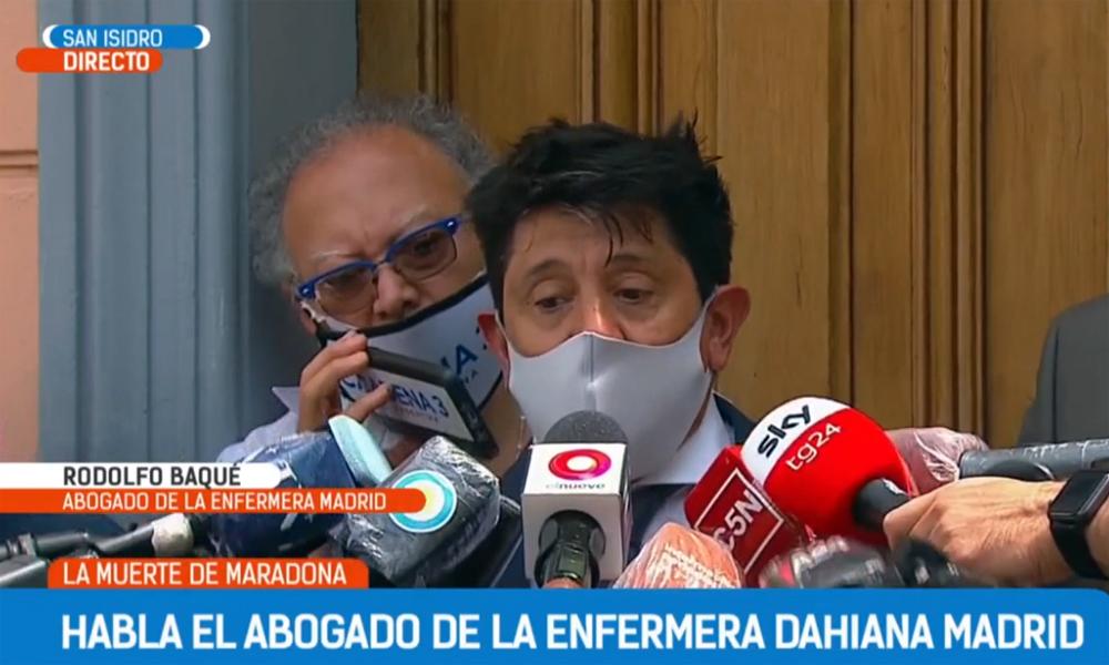 Trả lời truyền thông hôm 1/12, luật sư Baque cho rằng Maradona tìm cách sử dụng rượu ngay sau ca mổ não. Ảnh chụp màn hình