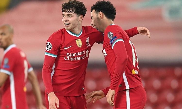 Jones và WIlliams giúp Liverpool giành chiến thắng quan trọng trước Ajax. Ảnh: AFP.