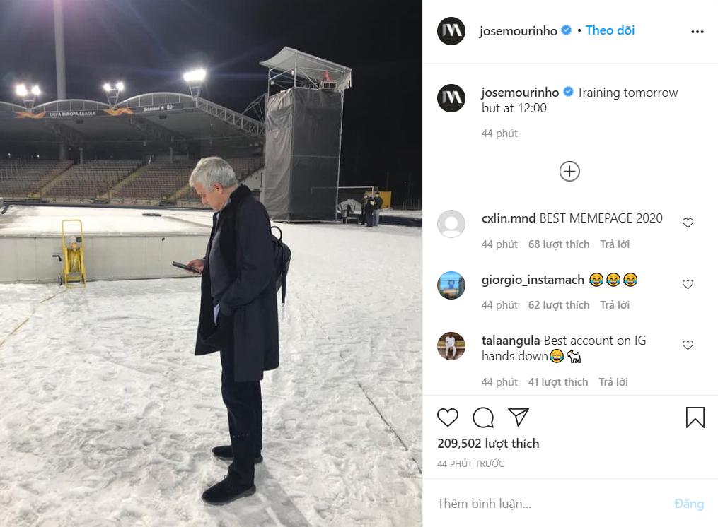 Mourinho giễu cầu thủ Tottenham sau trận hòa LASK. Người hâm mộ thích thú khi thấy bài đăng của Mourinho. Tài khoản talaaagula viết: Tài khoản hay nhất trên Instagram. Bái phục. Ảnh chụp màn hình