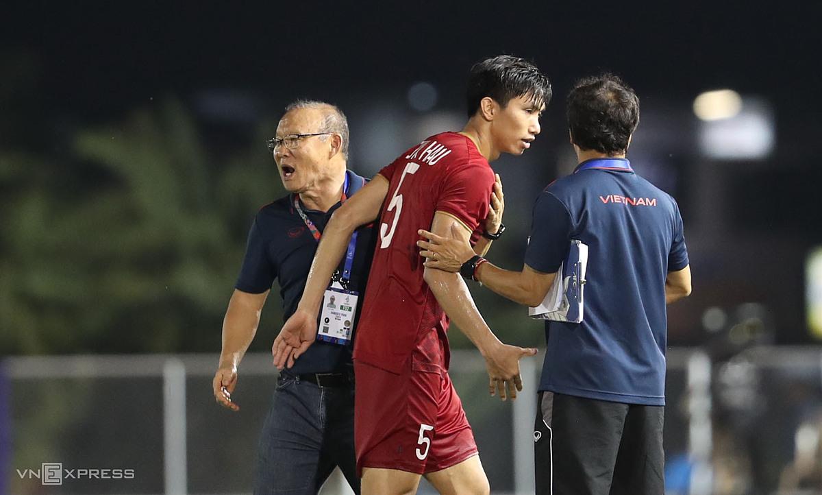 Văn Hậu không chắc kịp bình phục để cùng tuyển Việt Nam dự AFF Cup 2021. Ảnh: Đức Đồng