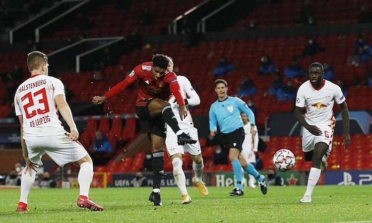 Man Utd đè bẹp Leipzig 5-0 tại Old Trafford. Ảnh: Reuters.