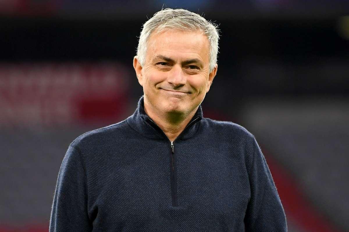 HLV Mourinho đang khởi đầu thành công với Tottenham mùa này. Ảnh: Goal.