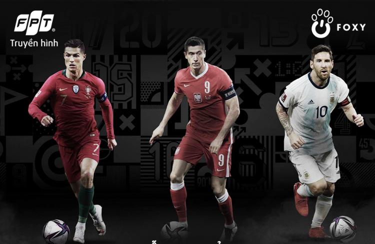 Top ba đề cử cuối cùng cho giải Cầu thủ nam xuất sắc.Từ trái qua: Cristiano Ronaldo, Robert Lewandowski, Messi.