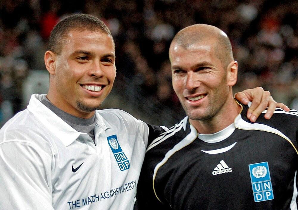 โรนัลโดได้รับรางวัล Golden Balls สองครั้งในปี 1997 และ 2002 ในขณะที่ Zidane ได้รับตำแหน่งในปี 1998 ภาพ: Marca