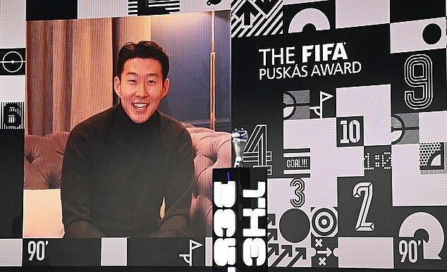 Do Covid-19, Son Heung-min เข้าร่วมพิธีมอบรางวัลออนไลน์จาก.  ภาพ: AP.