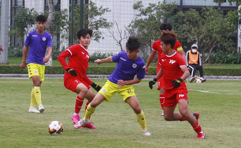 PVF (เสื้อแดง) ไล่ถล่มฮานอย 3-1 เข้าสู่รอบรองชนะเลิศของศึกฟุตบอลแห่งชาติ U15