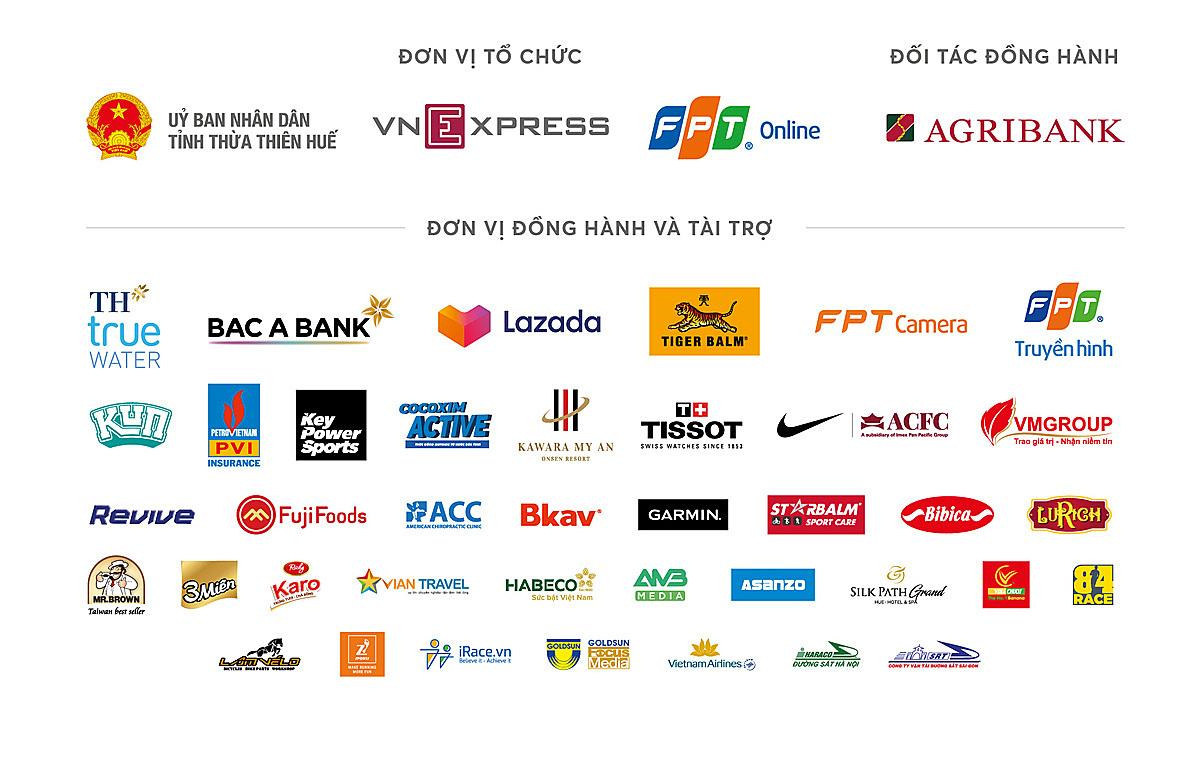 The passionate runner at a distance of 42 km at VnExpress Marathon Hue - 8