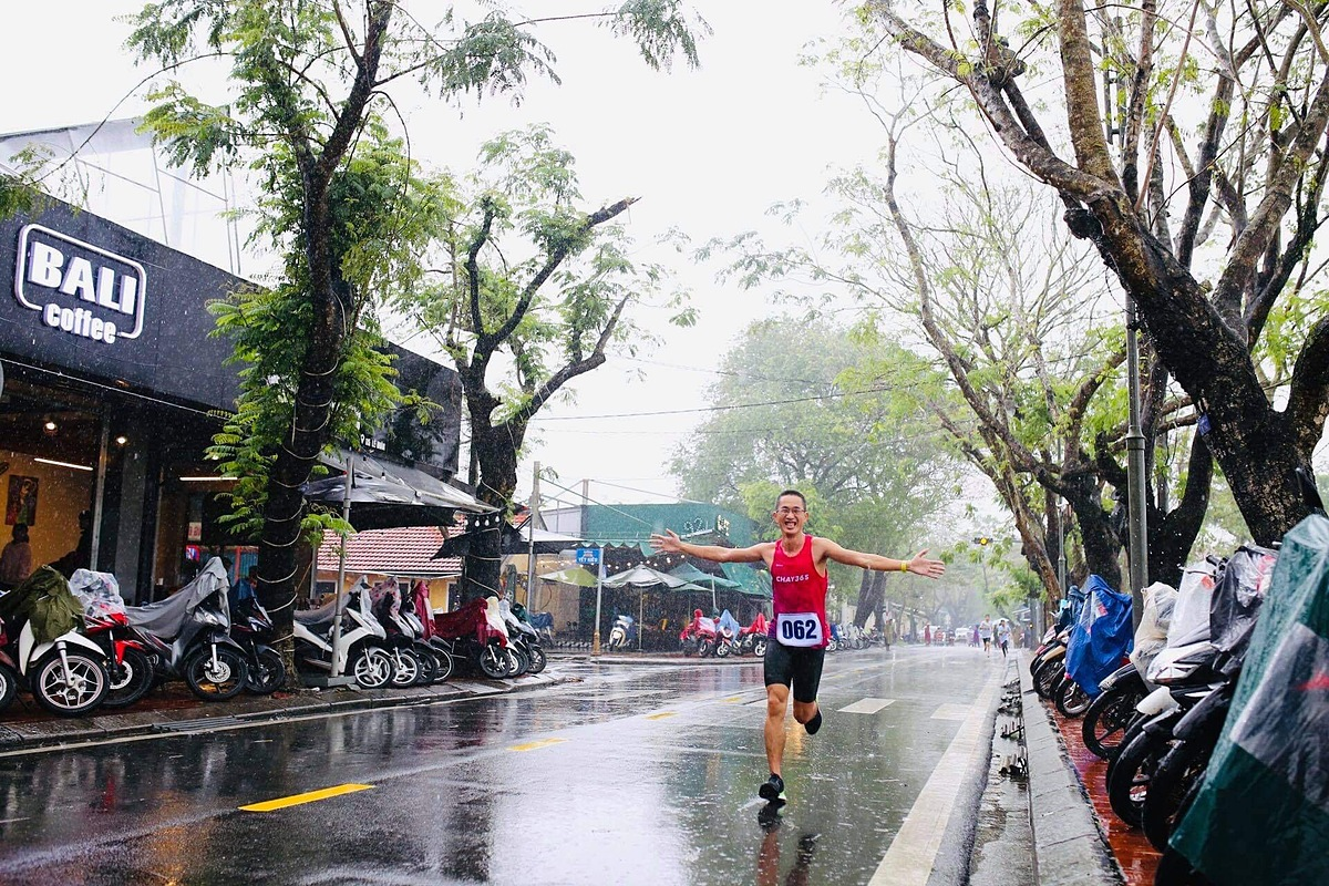 Trung Tran likes the 42 km distance because it is full of challenges.