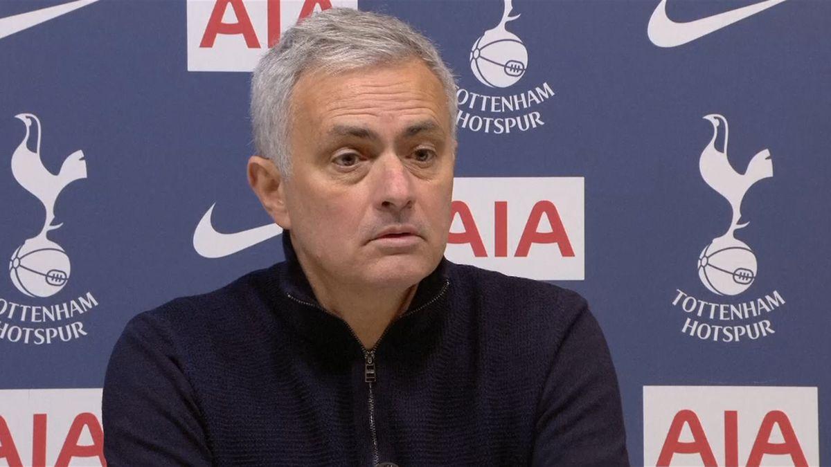 Mourinho và học trò không thắng trong ba trận gần nhất. Ảnh: Eurosport.