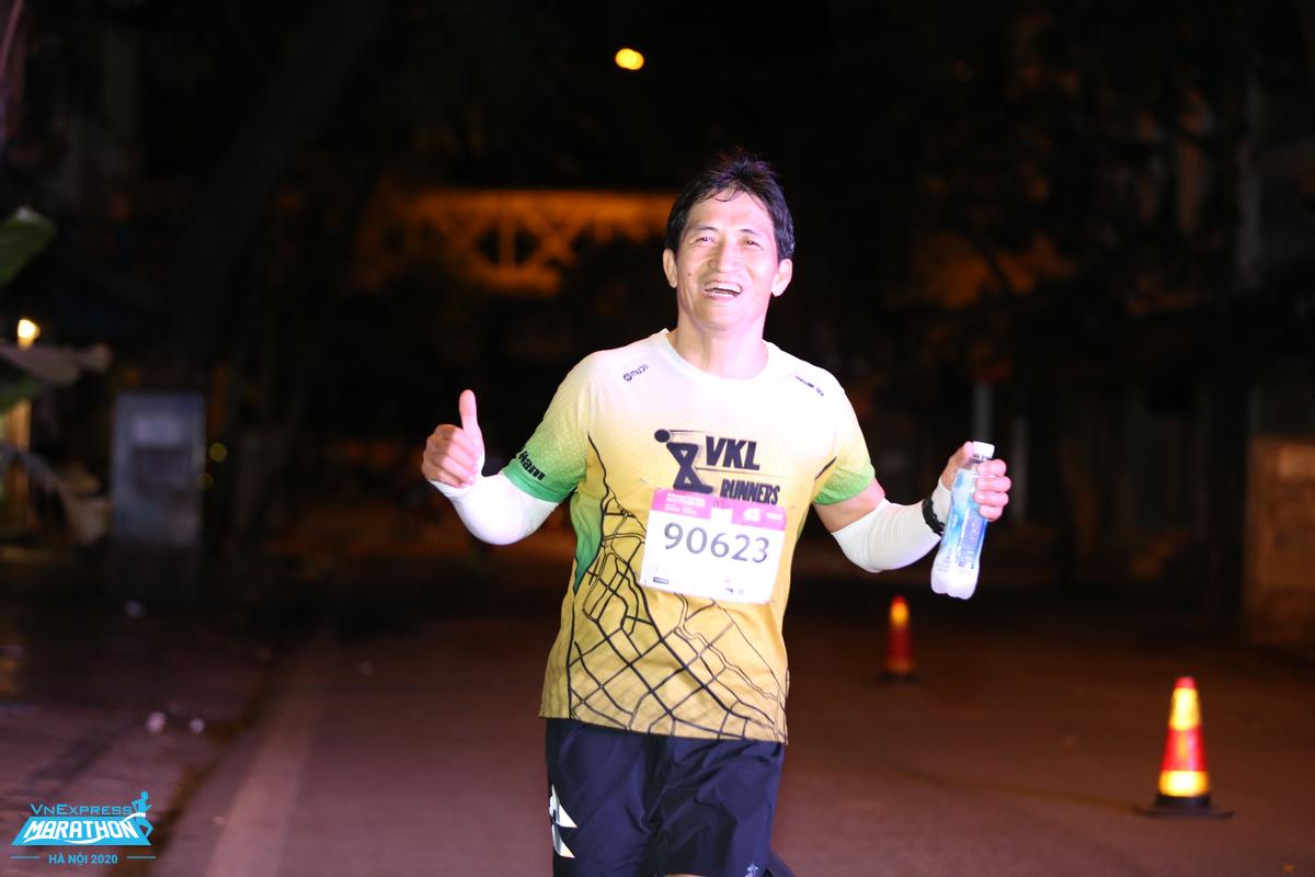 Mr. Hoang Hai Nam at VnExpress Marathon Hanoi Midnight.