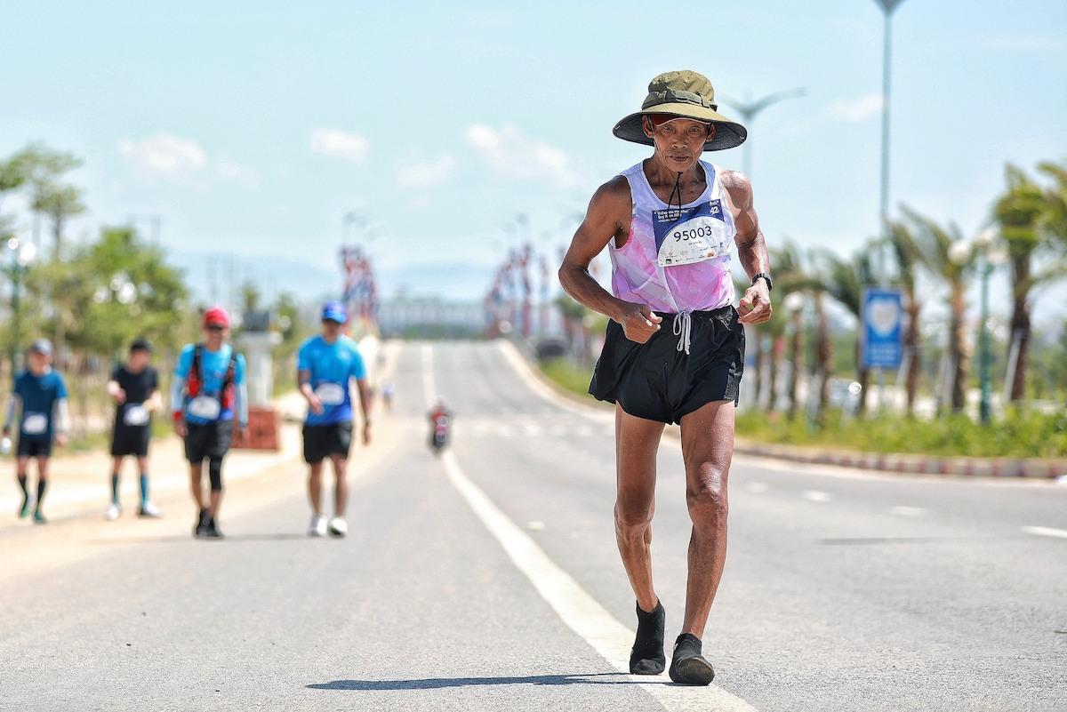 64-year-old Runner spends 37 years running