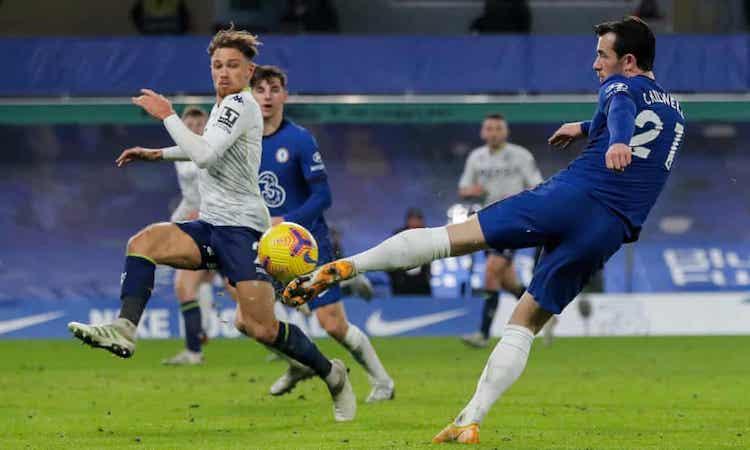 Chelsea khiến Aston Villa nhận bàn thua đầu tiên sau năm trận. Ảnh: Guardian.