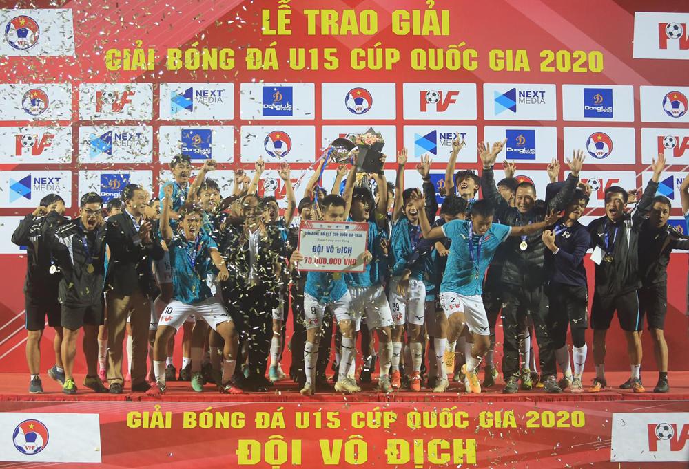 PVF nâng cao chức vô địch U15 Cup Quốc gia sau khi đánh bại Viettel trong trận chung kết tại Hưng Yên ngày 28/12.