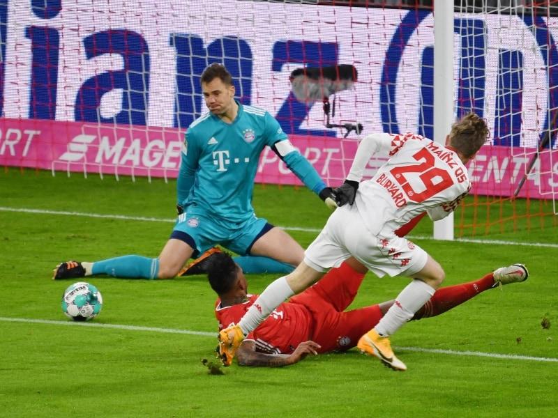 Burkardt membuka skor untuk Mainz 05. Foto: imago