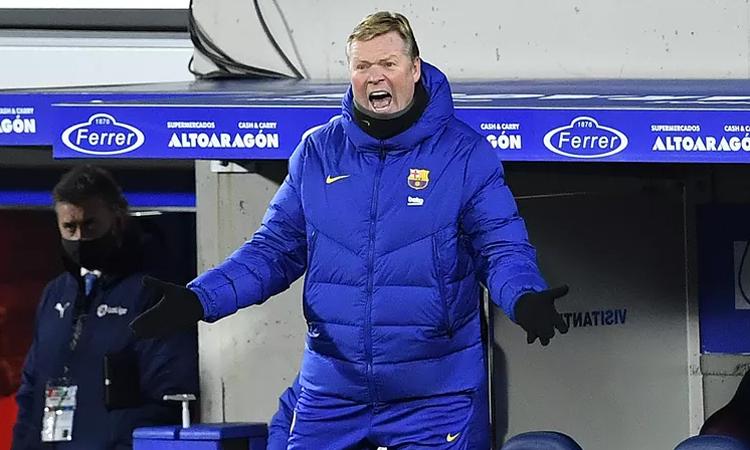 Koeman muốn Barca bổ sung một tiền đạo cắm thực thụ. Ảnh: AFP.