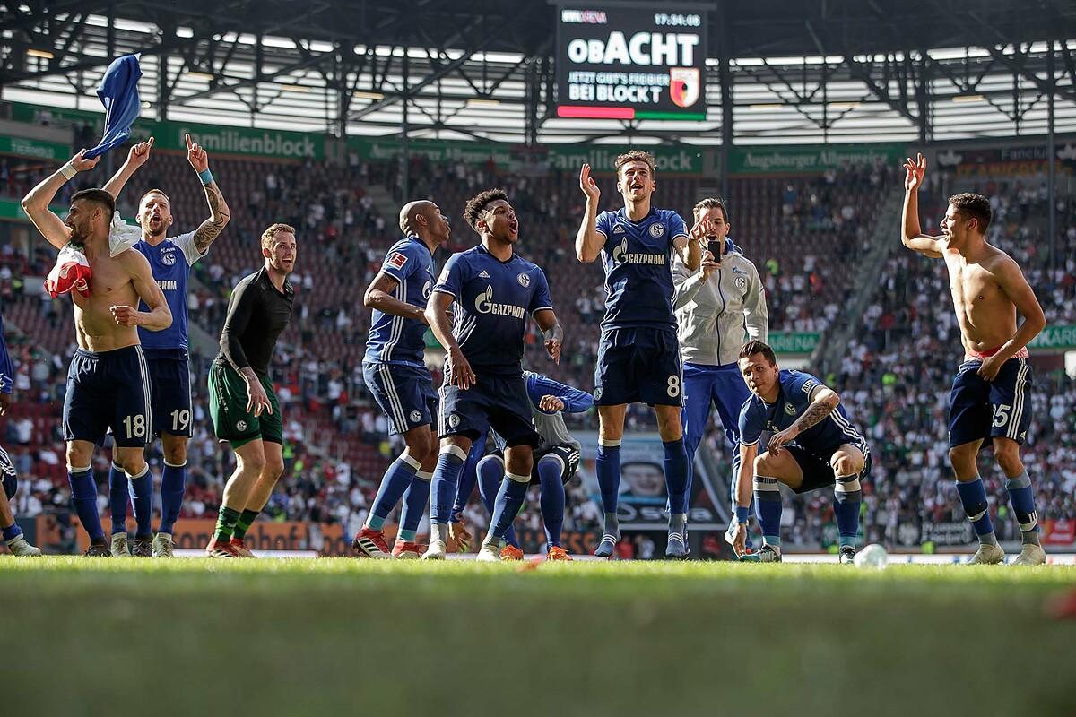 Kegembiraan finis kedua di Bundesliga musim 2017-2018 kini hanya menjadi nostalgia bagi Schalke.  Foto: FC Schalke