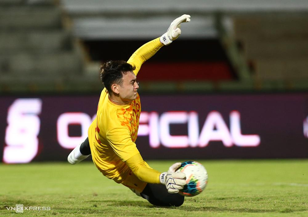 Dang Van Lam กำลังพิจารณาตัวเลือกระหว่าง Dynamo Moscow และ Cerezo Osaka  ภาพ: ลำทอ