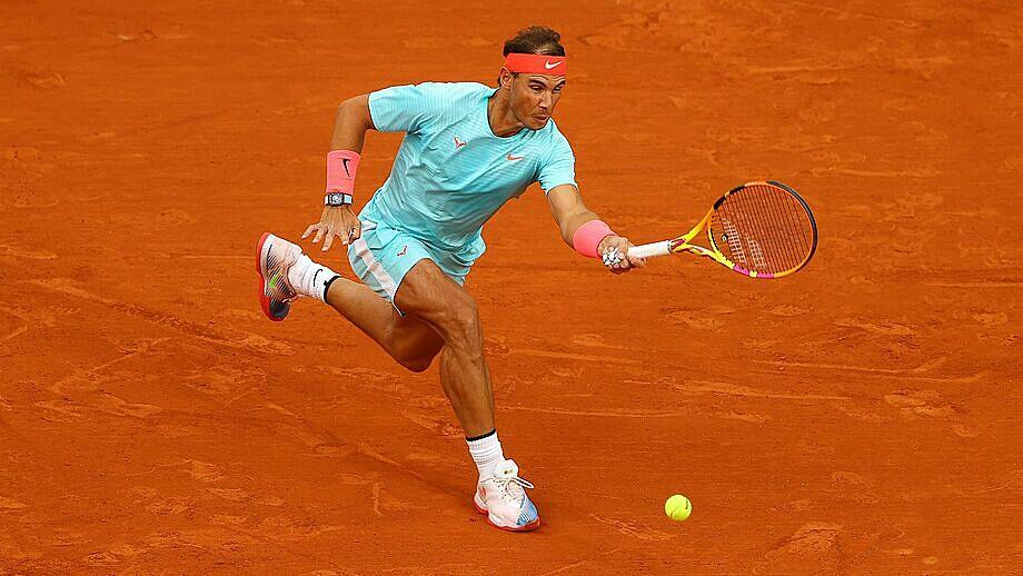Nadal đang chia sẻ kỷ lục 20 Grand Slam với Federer. Ảnh: AP.