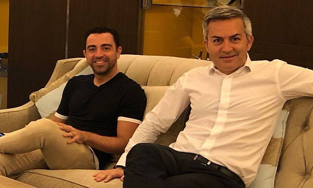 Xavi (kiri) adalah kartu utama Font untuk mencalonkan diri sebagai presiden Barca.  Foto: Tribuna