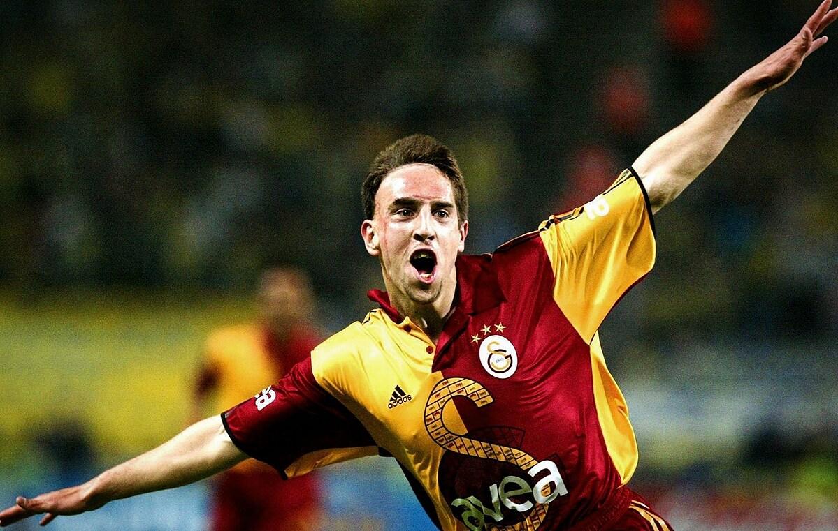 Ribery dengan seragam Galatasaray.  Foto: TFT