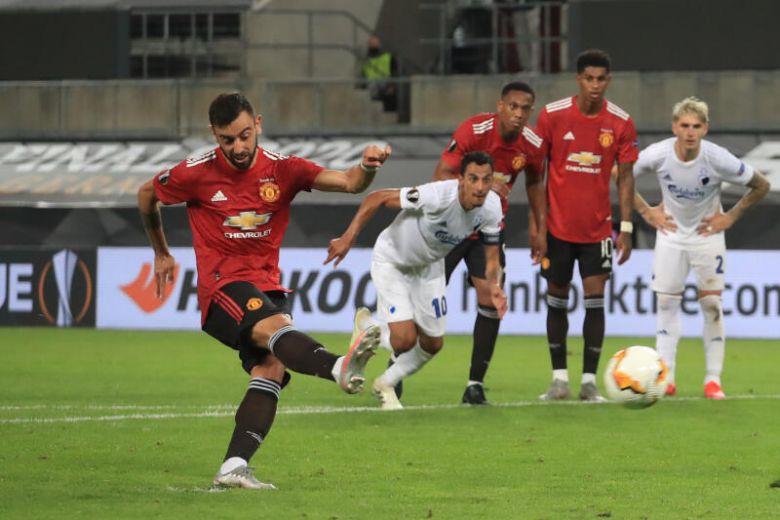 Phần lớn trong 27 bàn của Bruno Fernandes ghi cho Man Utd đến từ chấm 11m. Ảnh: Reuters.