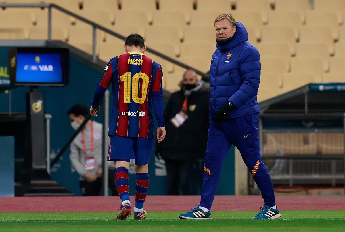 HLV Koeman dùng năm quyền thay người, nhưng vẫn để Messi chơi 120 phút dù anh vừa bình phục chấn thương. Ảnh: AS.