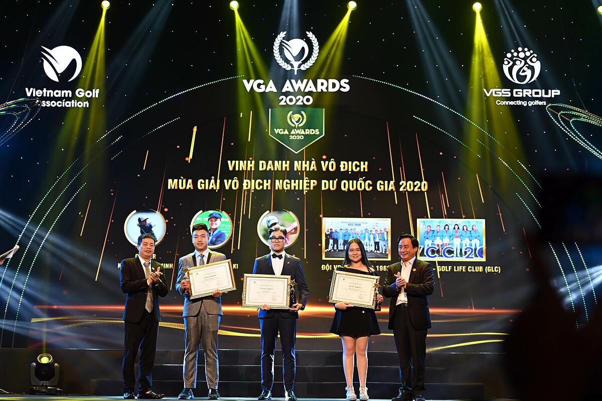 The golfers were honored at the VGA Awards gala on January 17.  Photo: VGA