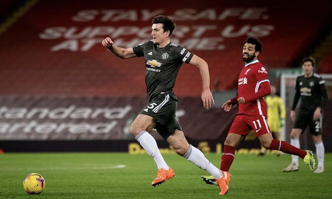 Maguire dalam situasi balapan cepat dengan Salah di Anfield pada 17 Januari.  Foto: ManUtd.com