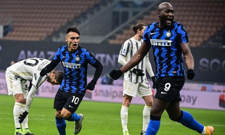 Inter tiếp tục bám đuổi Milan sau trận thắng Juventus. Ảnh: AFP.