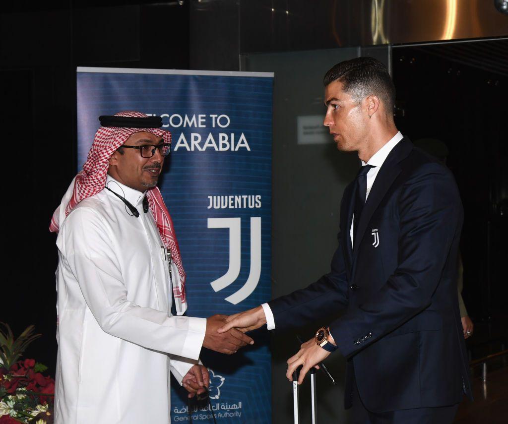 Ả-rập Xê-út từng trả tiền để đưa Ronaldo và Juventus tới đá Siêu cúp Italy với Milan tháng 1/2019.